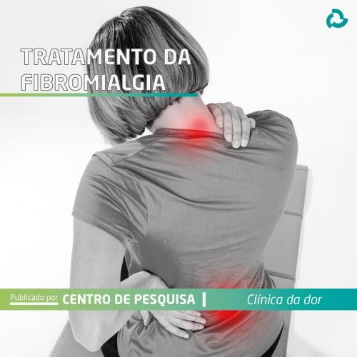 Tratamento da fibromialgia - mulher com dor nas costas
