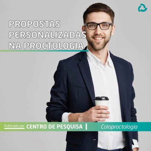 Propostas personalizadas na proctologia - Homem com café