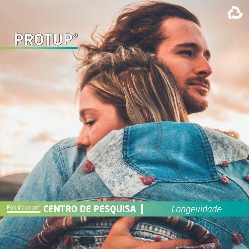 ProtUP® - Casal abraçado